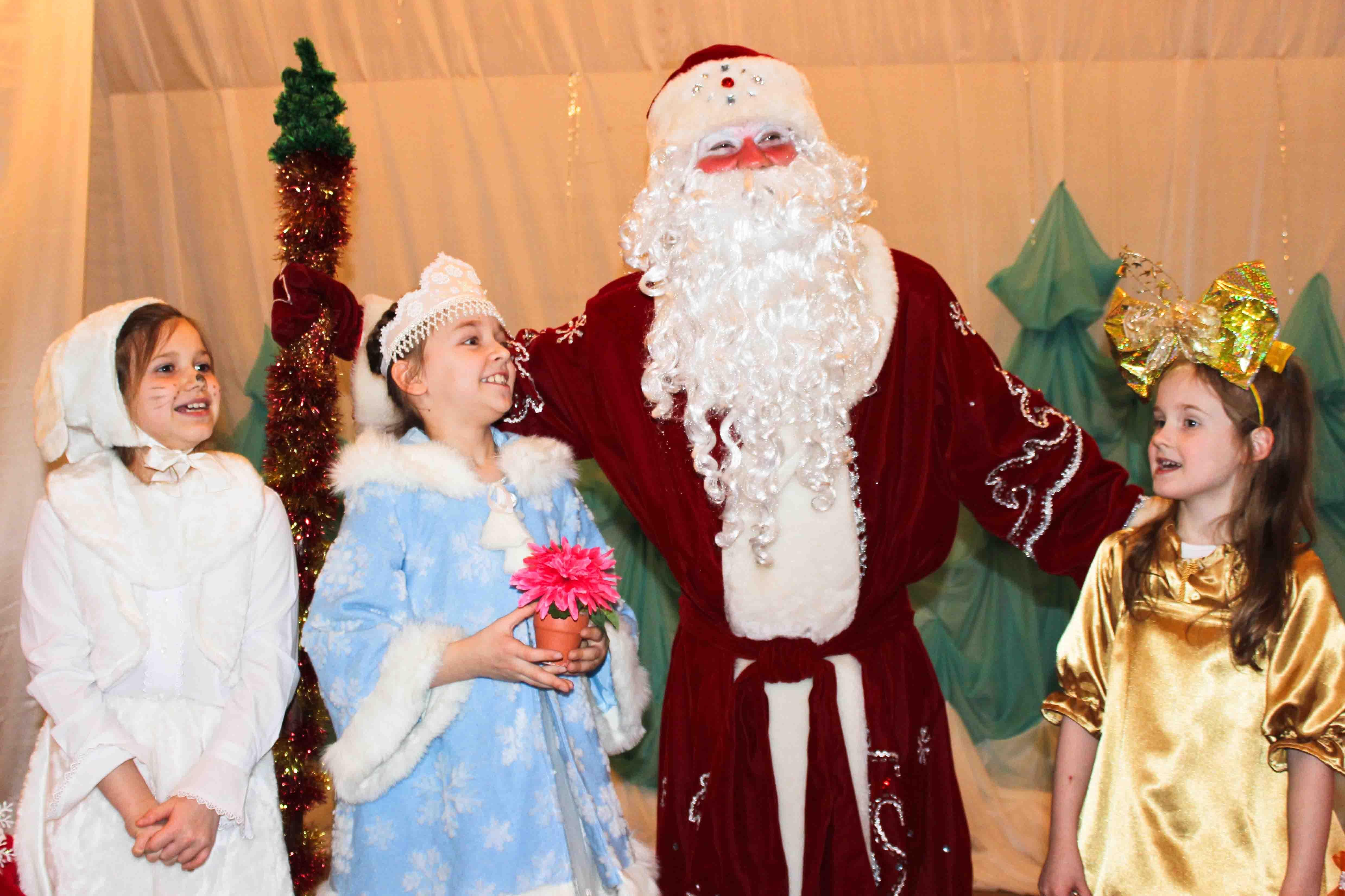 Рождественский праздник или о том, как «Подарок для Снегурочки» стал подарком для всех нас